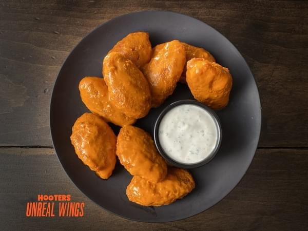 Hooters Begins Sales of Quorn Meatless Wings
